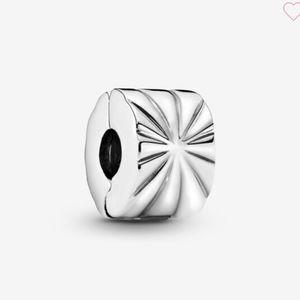 Pandora sunburst clip charm